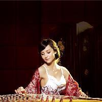 佘曼妮《容易受伤的女人》,伤感女人音乐,心碎的深夜好想听!的分享者